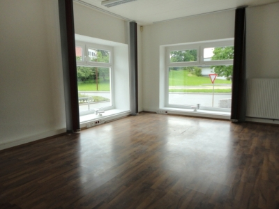 http://www.nuesslein-immobilien.at/data/image/thumpnail/image.php?image=200/nuesslein_immobilien_article_3767_1.jpg&width=400